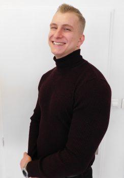 Négociateur Tom FROMM