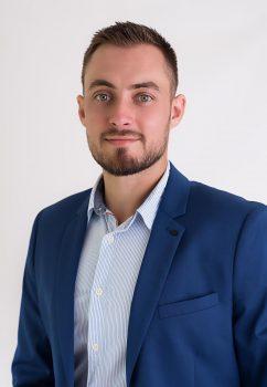 Négociateur Maxime Mahut