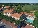 Fonds de commerce 475 m² Saint-Romain Aubeterre-Sur-Dronne  pièces