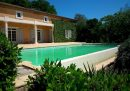 9 pièces   480 m² Maison