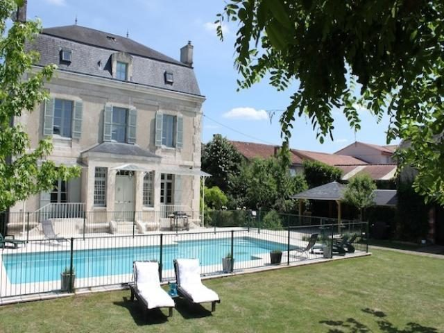 9 bed Maison de maître for sale in SaInt-AstIer, France for €599000 on Ubodo