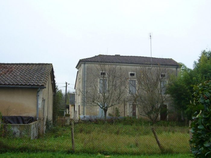 6 bed Maison de maître for sale in NeuvIc, France for €108000 on Ubodo