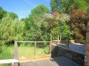 En Périgord Noir, grange restaurée en maison d'environ 70 m² hab