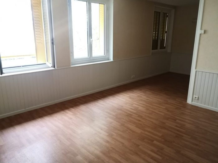 Location annuelle Appartement MONTLUCON 03100 Allier FRANCE