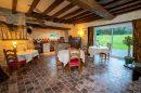 586 m² 10 pièces Maison