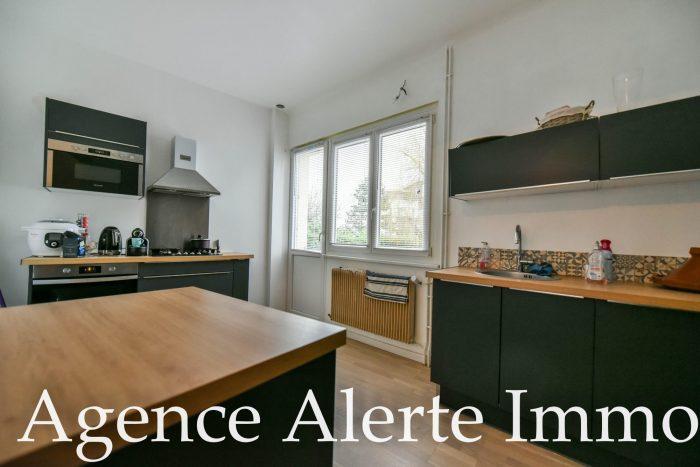 Belle maison rénovée 175 m² avec terrasse - Alerte Immo, Agence ...