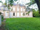 320 m²  10 pièces Maison