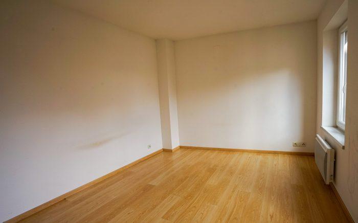 4 pièces 102 m² Barr   Appartement