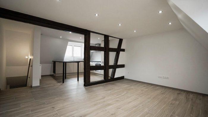 83 m² 5 pièces Dambach-la-Ville  Appartement