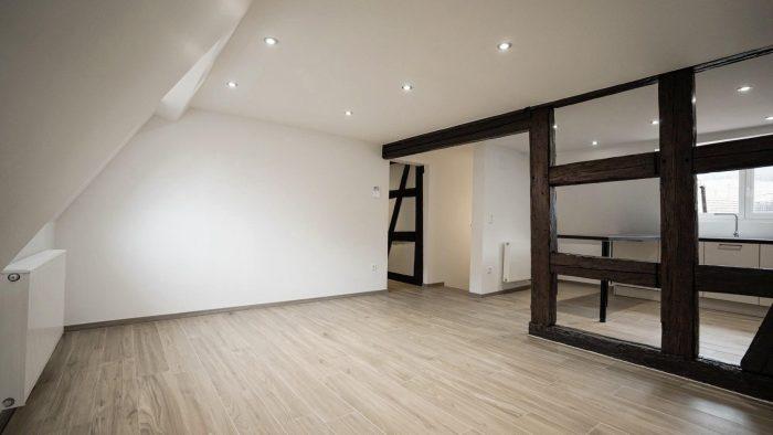 Dambach-la-Ville  5 pièces 83 m²  Appartement
