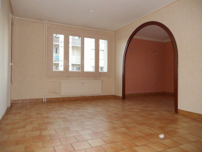 Vente Appartement RIORGES 42153 Loire FRANCE