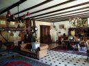 Maison   11 pièces 1000 m²