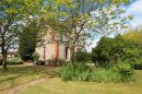 Grande maison de caractère 3 ou 4 chambres, dans son jardin clos de murs.