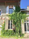 Maison Ladon   6 pièces 220 m²