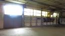 Batiment industriel, dépot, atelier, garage voiture.
