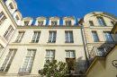 Appartement  Paris  245 m² 8 pièces
