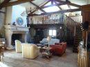 Maison   8 pièces 219 m²