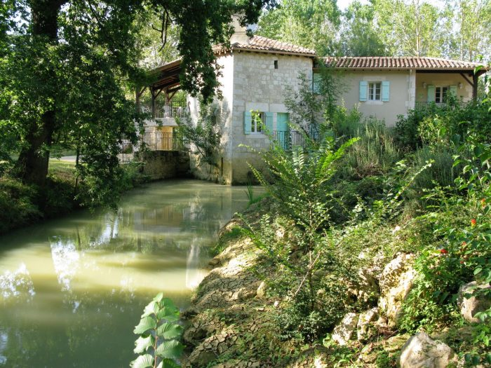 Stunning 13th Century Mill on 2 hectares of land