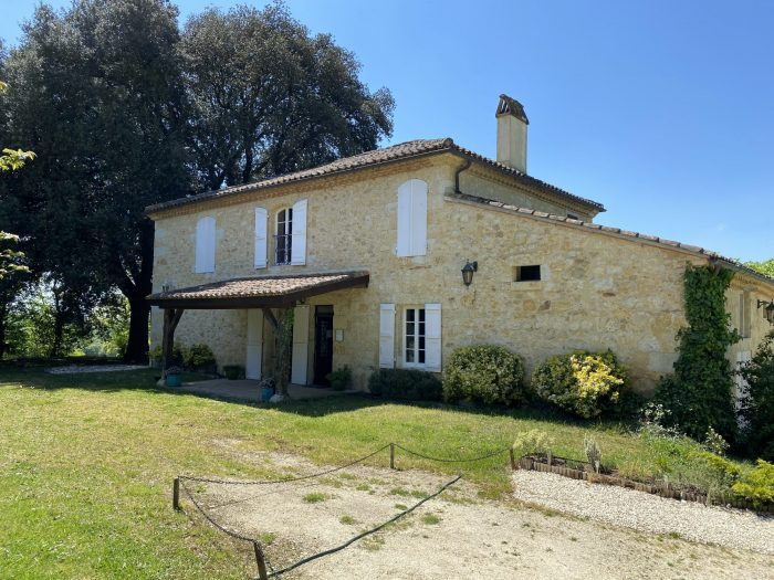 Stunning Country Estate with Gite on 24 acres