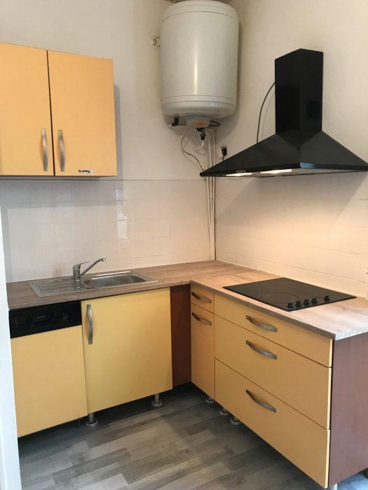 t2 vendre grenoble 38000. Black Bedroom Furniture Sets. Home Design Ideas