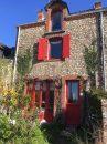 Maison  Sainte-Suzanne-et-Chammes Centre-Ville 85 m² 3 pièces