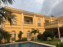 Maison  Libreville  702 m² 25 pièces