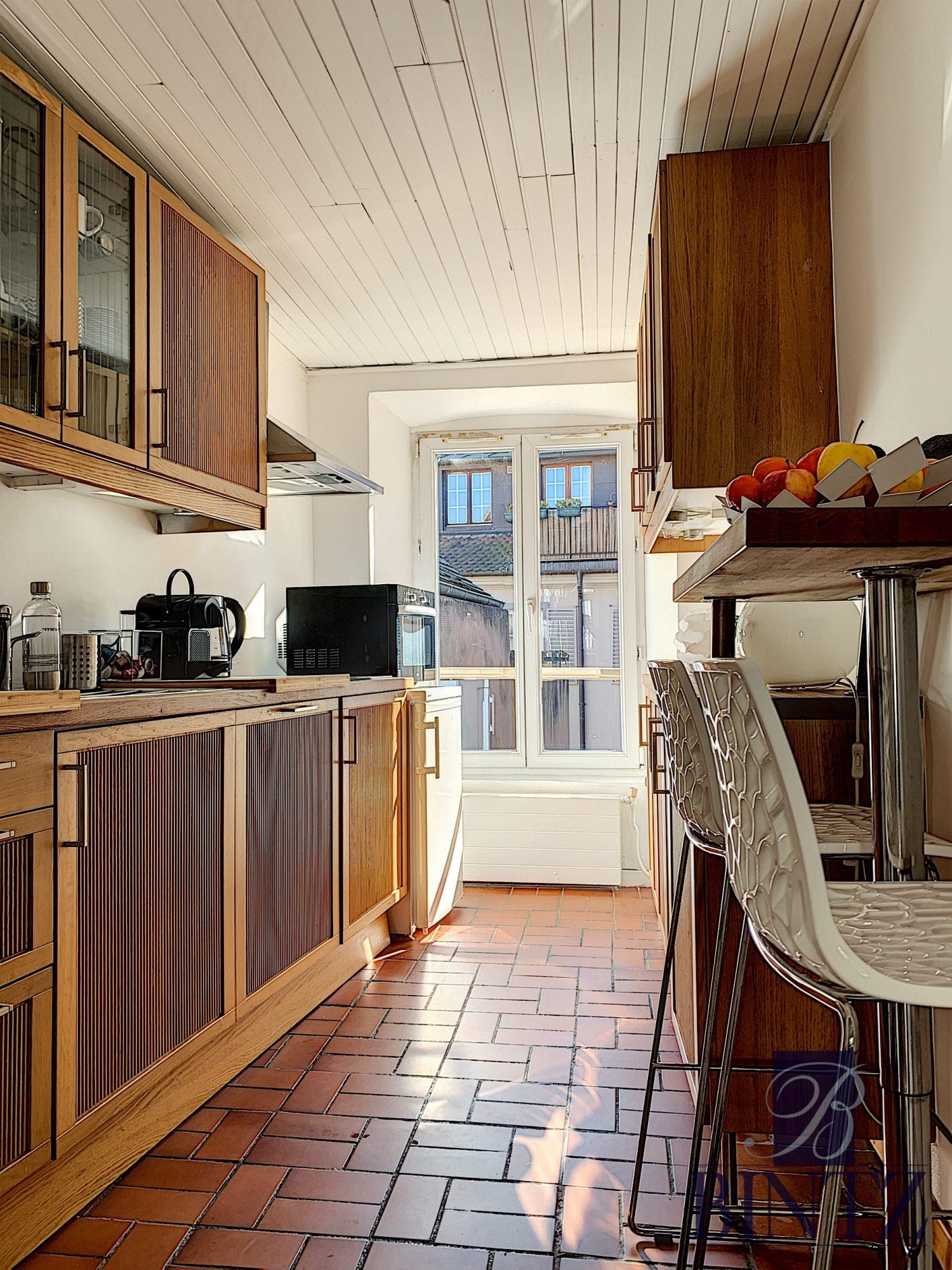 Appartement meublé 2 pièces hyper-centre - Devenez locataire en toute sérénité - Bintz Immobilier - 3