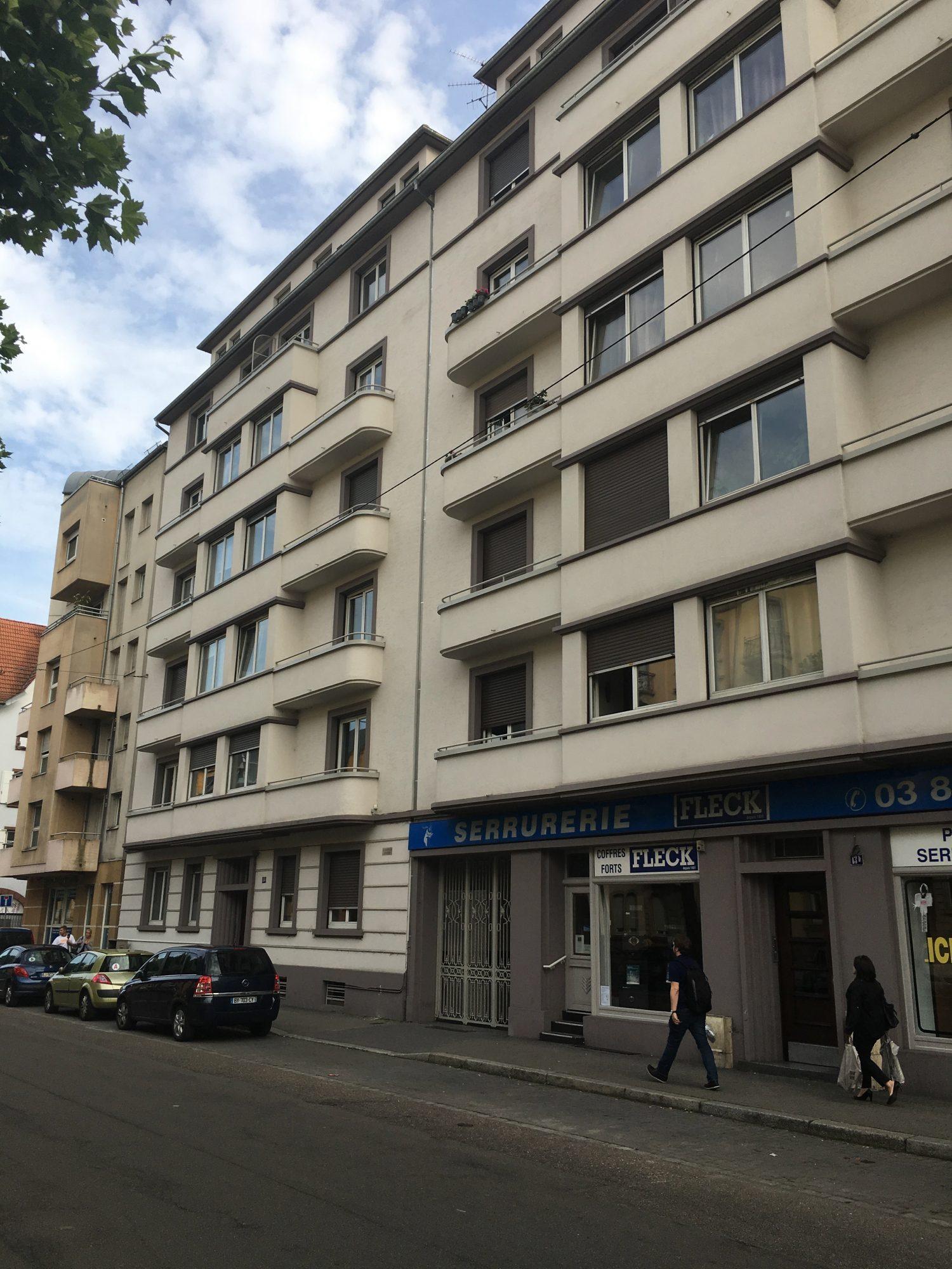 GRAND 3 PIECES BLVD DE LYON - Devenez locataire en toute sérénité - Bintz Immobilier - 7