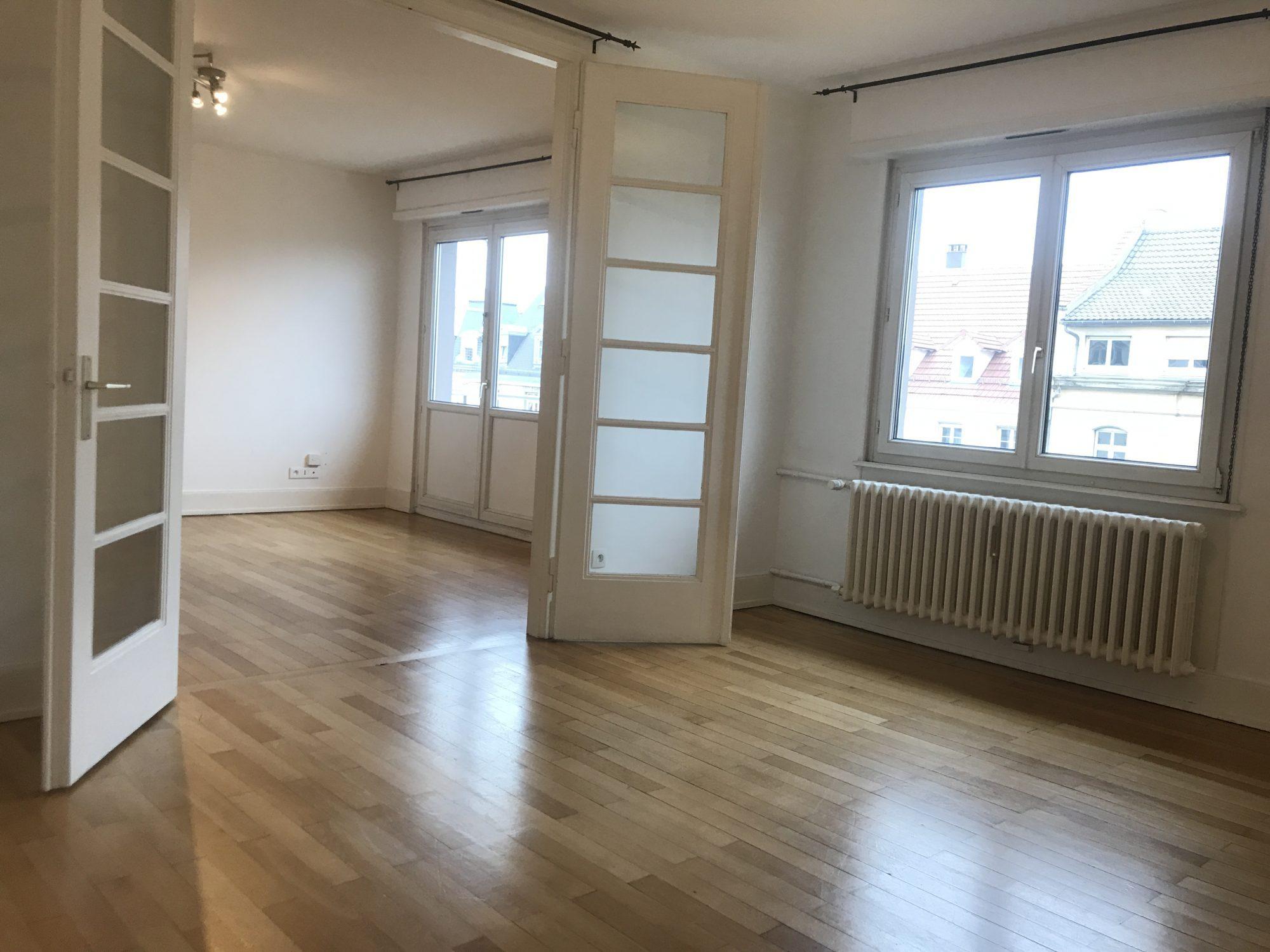 GRAND 3 PIECES BLVD DE LYON - Devenez locataire en toute sérénité - Bintz Immobilier - 2