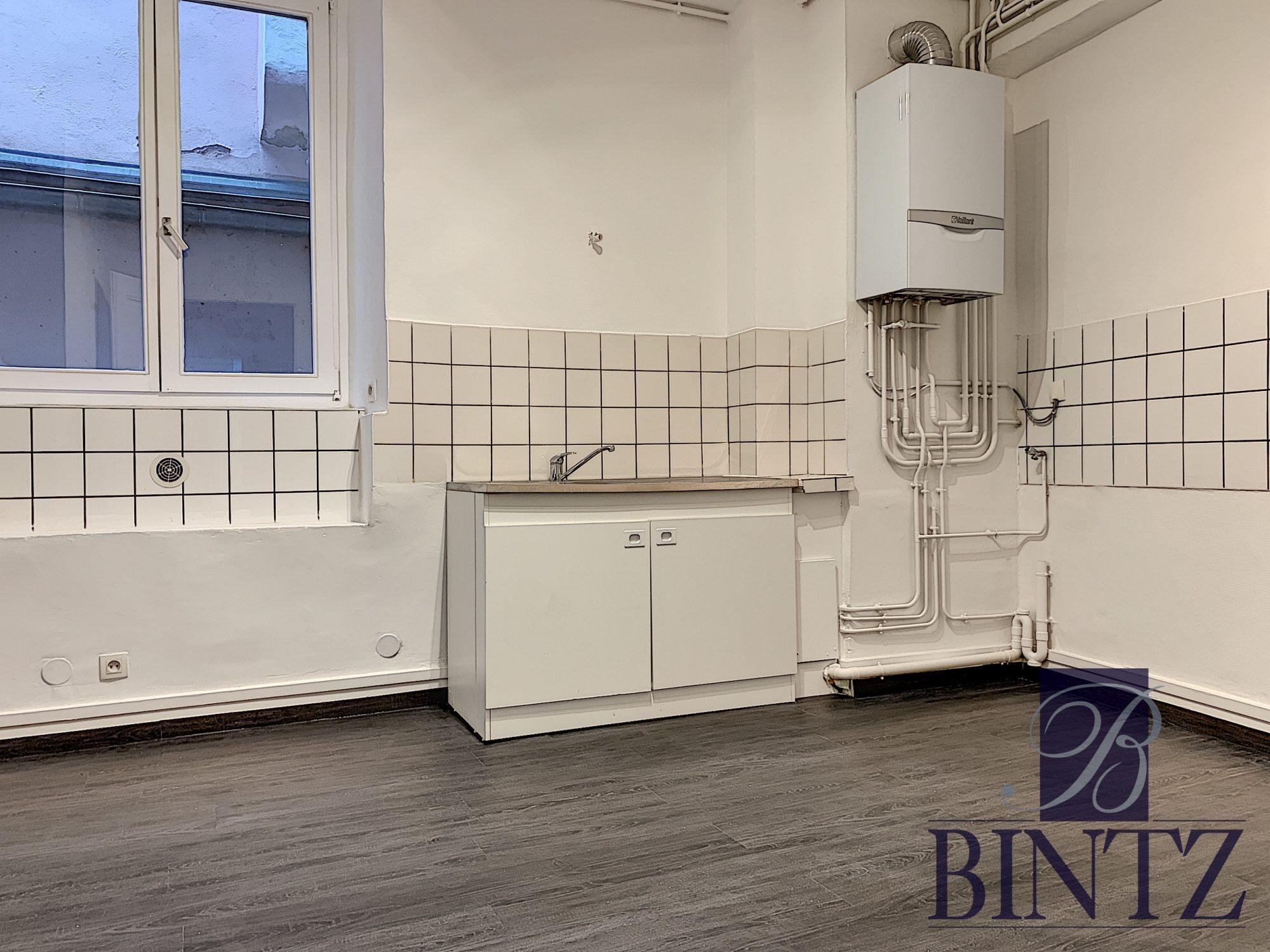 4 PIÈCES FACE A LA CATHÉDRALE - Devenez locataire en toute sérénité - Bintz Immobilier - 5
