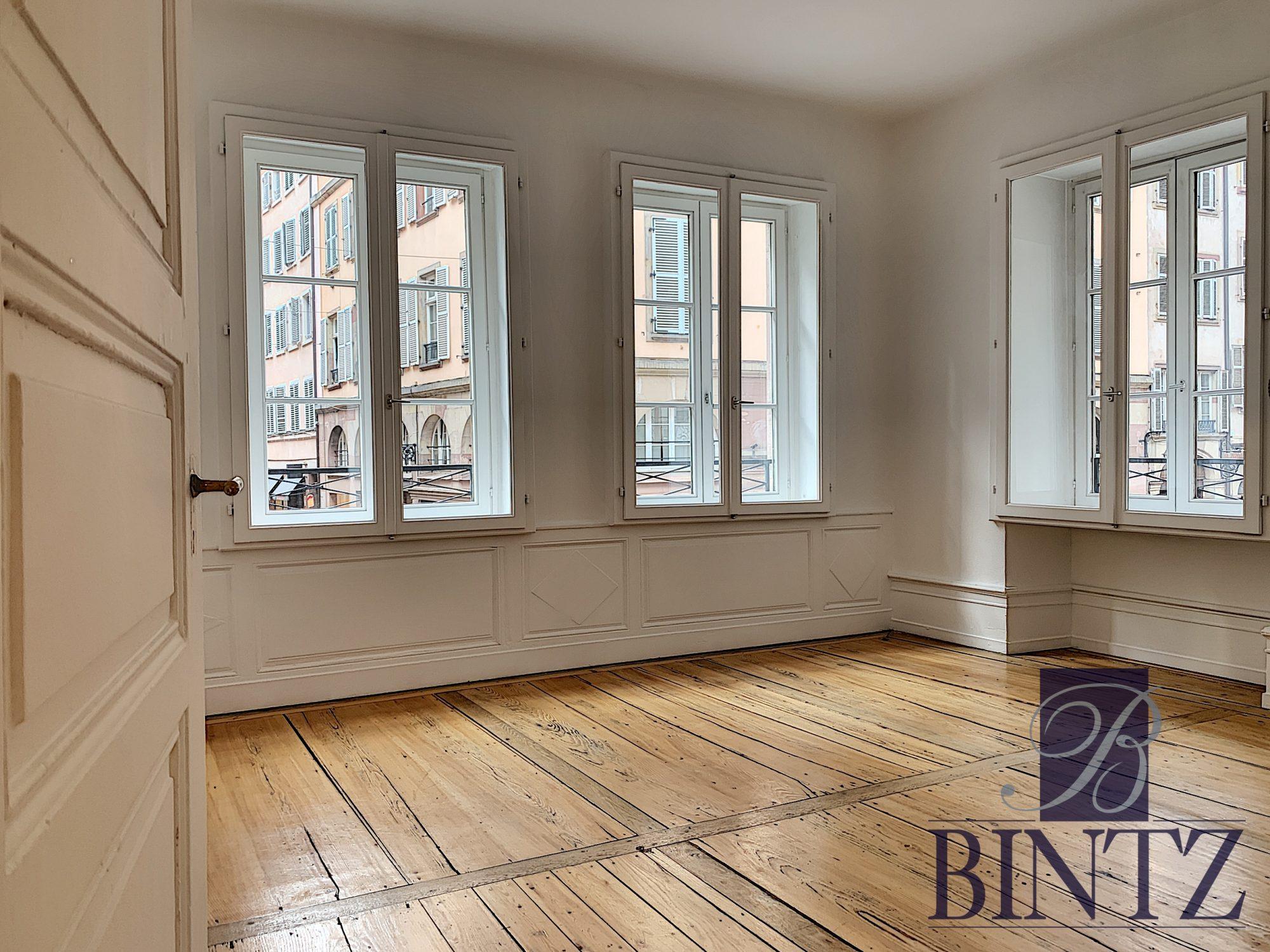 4 PIÈCES FACE A LA CATHÉDRALE - Devenez locataire en toute sérénité - Bintz Immobilier - 2