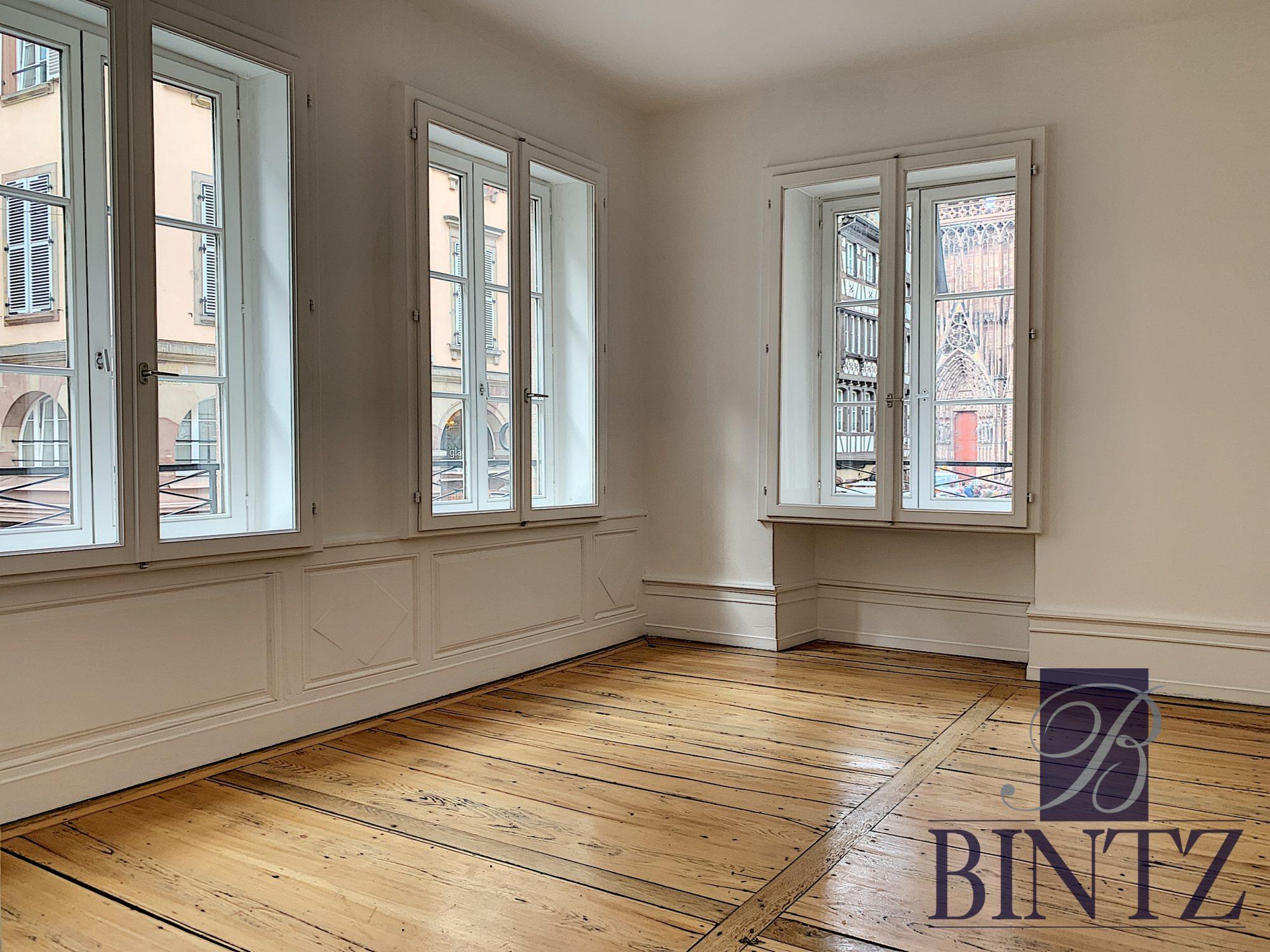 4 PIÈCES FACE A LA CATHÉDRALE - Devenez locataire en toute sérénité - Bintz Immobilier - 12