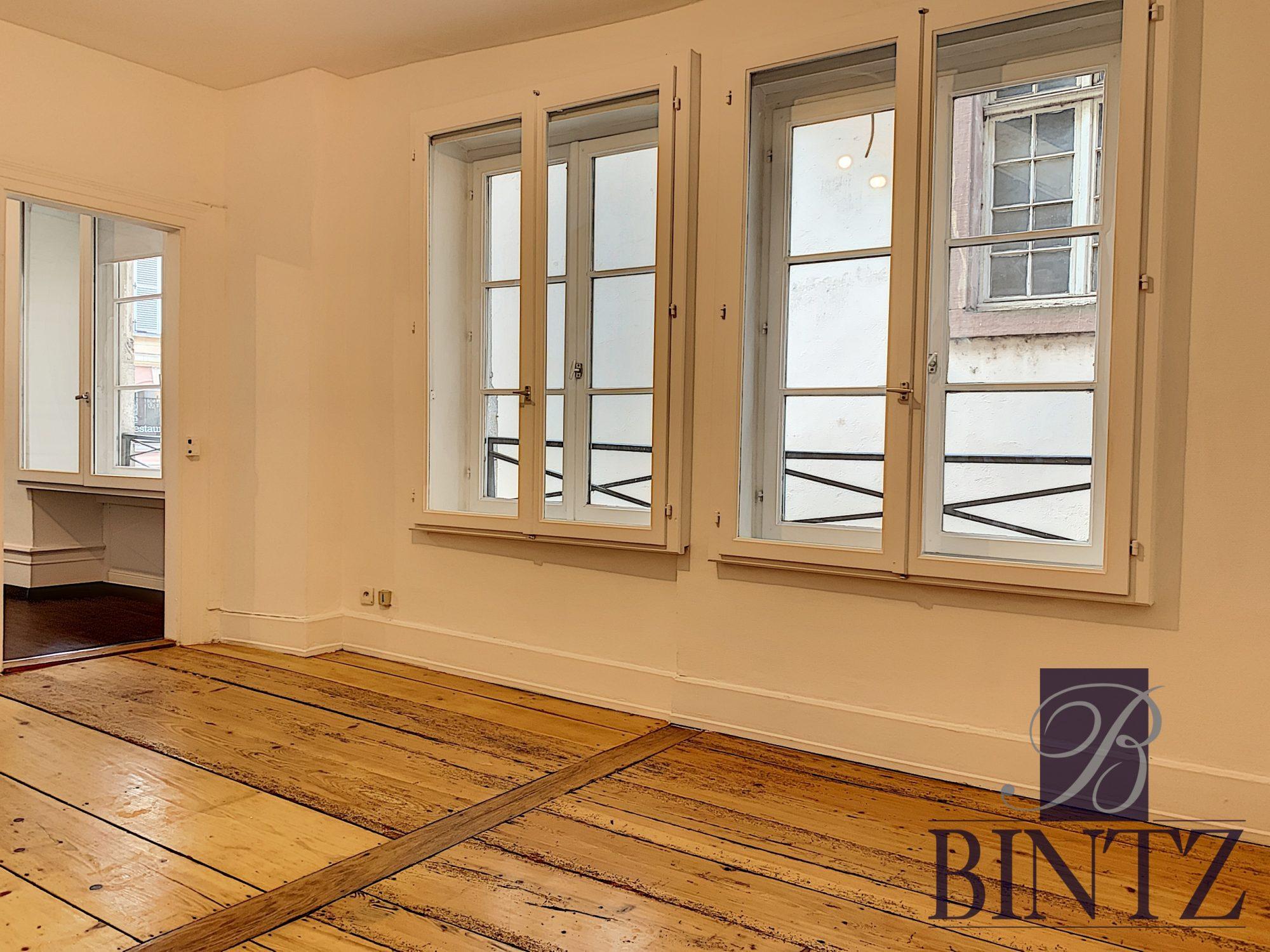 4 PIÈCES FACE A LA CATHÉDRALE - Devenez locataire en toute sérénité - Bintz Immobilier - 14