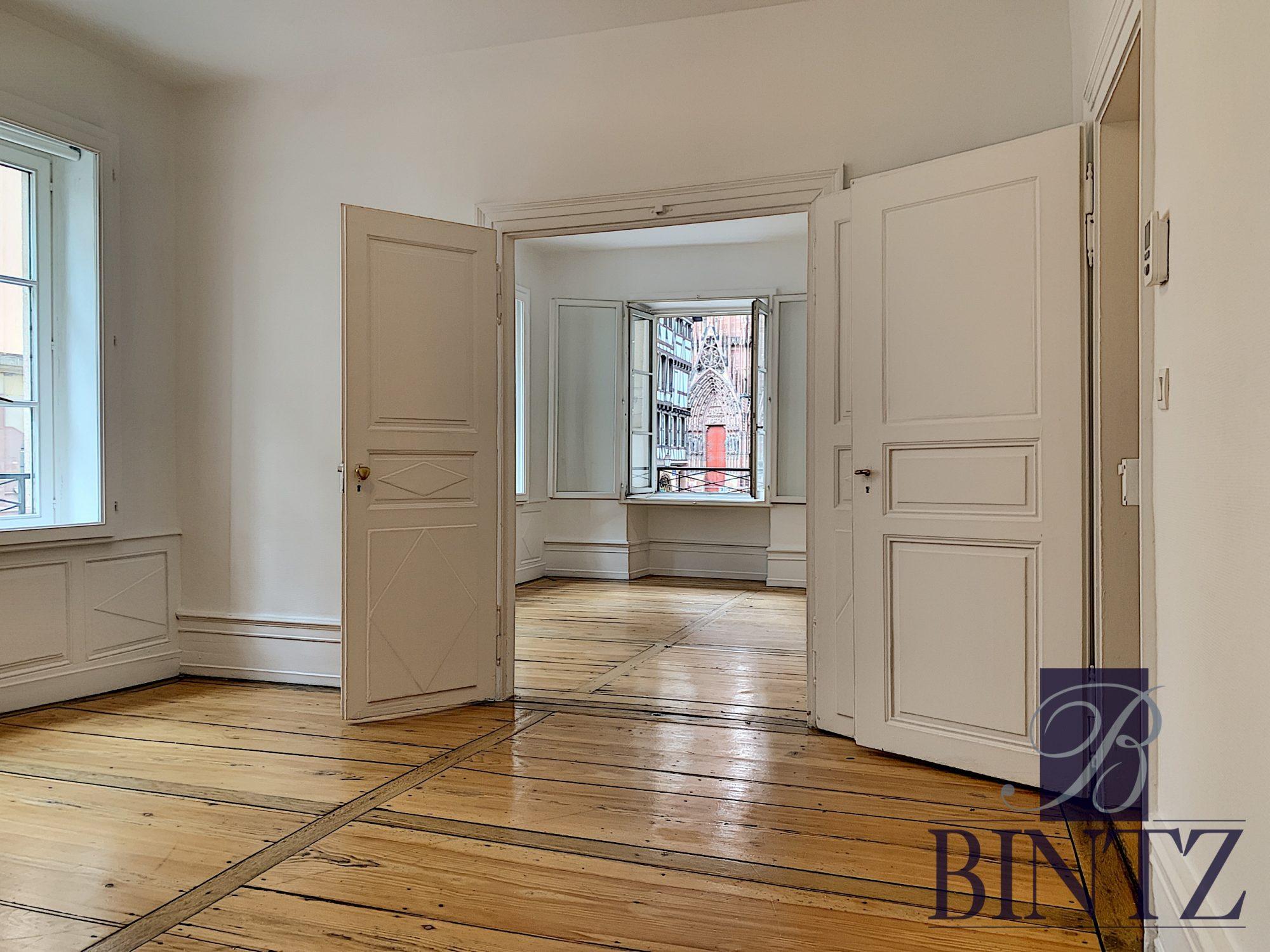 4 PIÈCES FACE A LA CATHÉDRALE - Devenez locataire en toute sérénité - Bintz Immobilier - 1