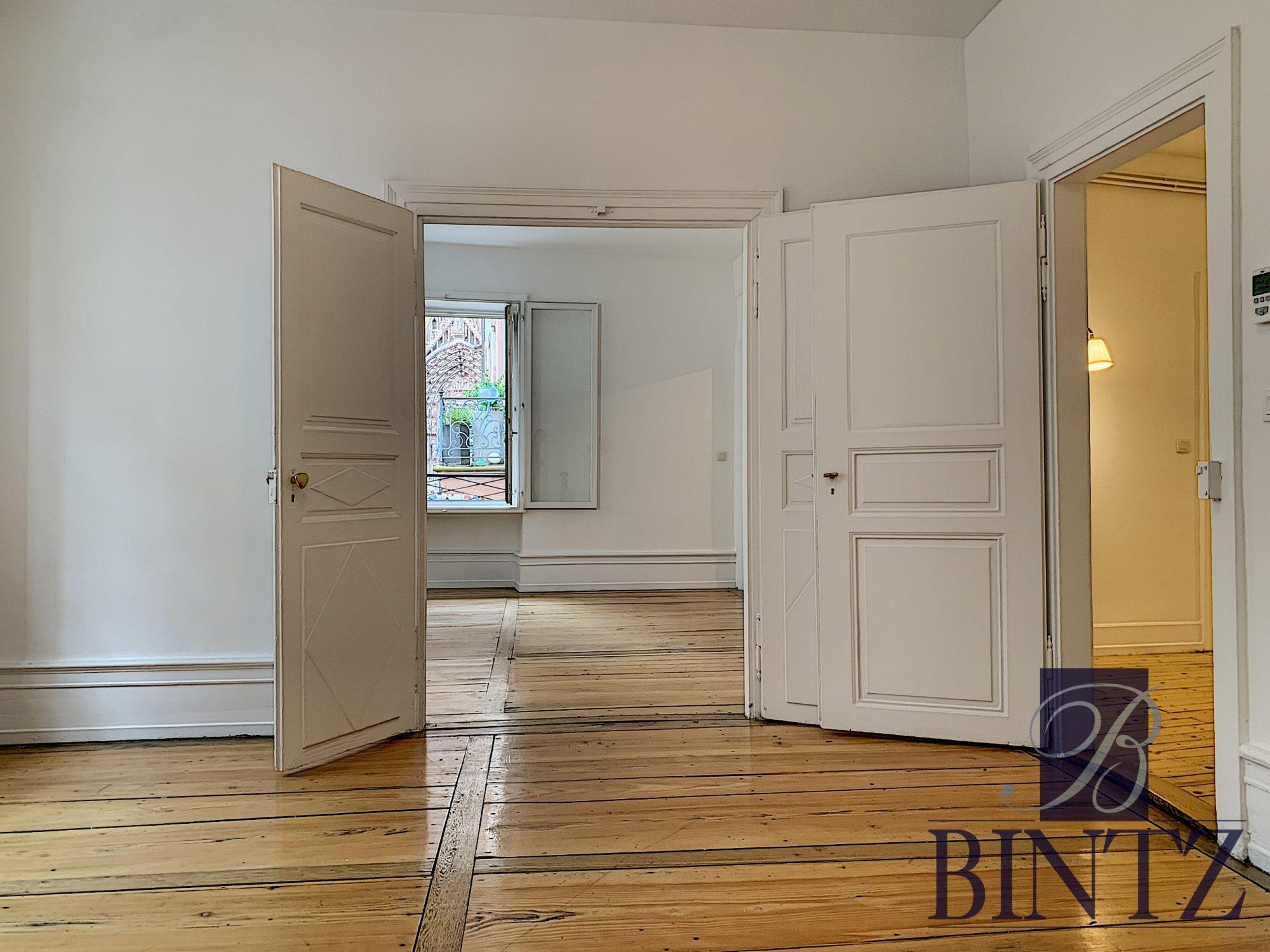 4 PIÈCES FACE A LA CATHÉDRALE - Devenez locataire en toute sérénité - Bintz Immobilier - 15