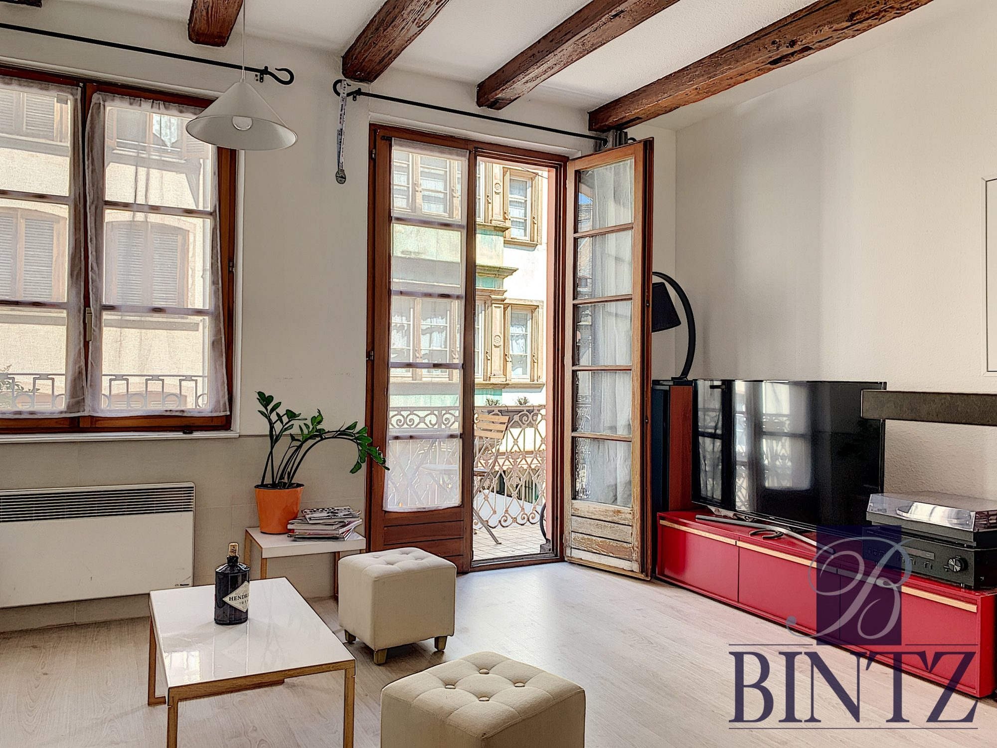 STUDIO MEUBLE HYPER CENTRE - Devenez locataire en toute sérénité - Bintz Immobilier - 3
