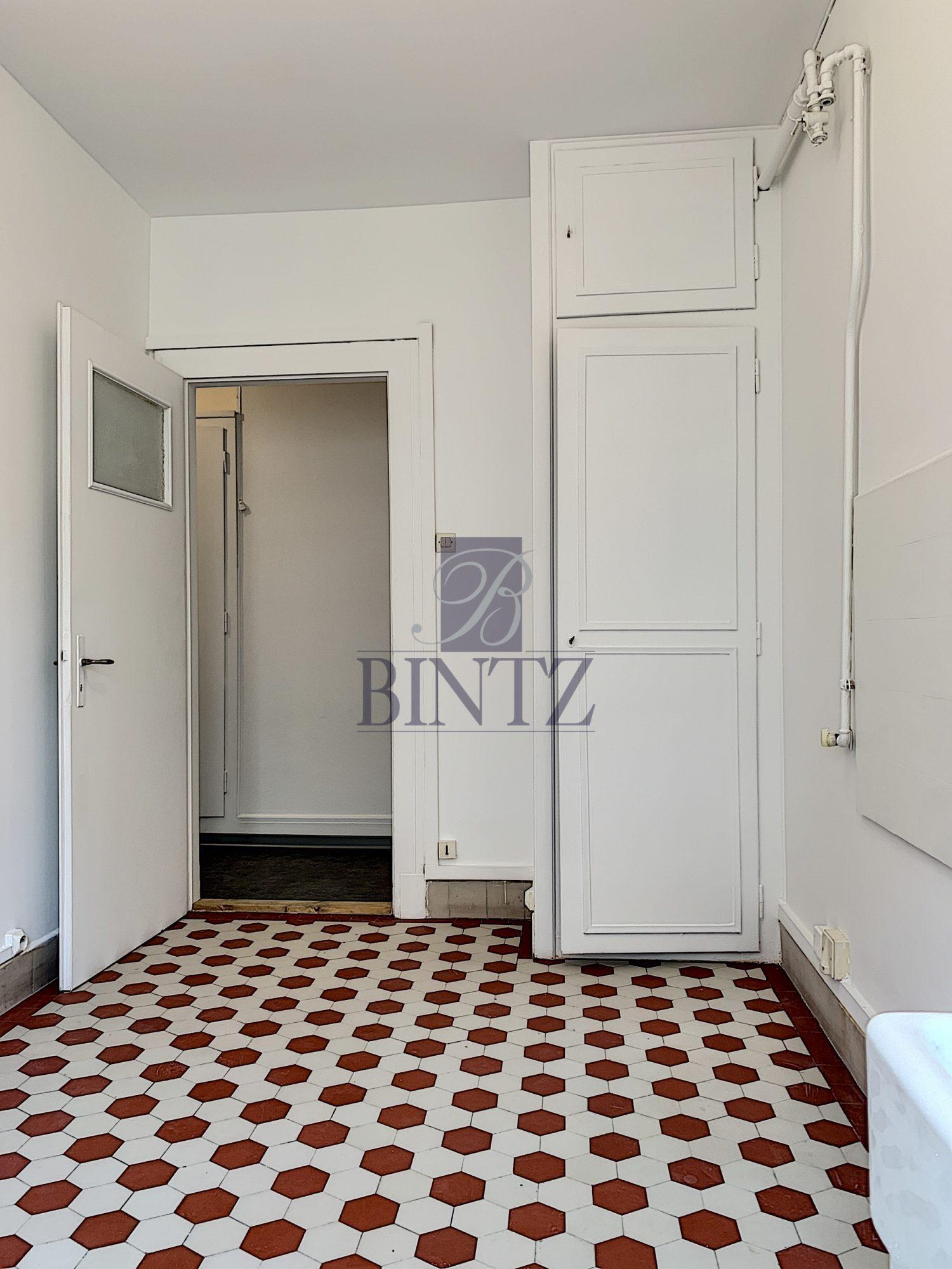 T1 AVEC BALCON KRUTENAU - Devenez locataire en toute sérénité - Bintz Immobilier - 2