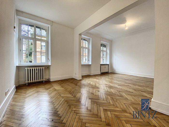 SUPERBE 4 PIECES ENTRE JARDIN BOTANIQUE ET ORANGERIE - Devenez locataire en toute sérénité - Bintz Immobilier