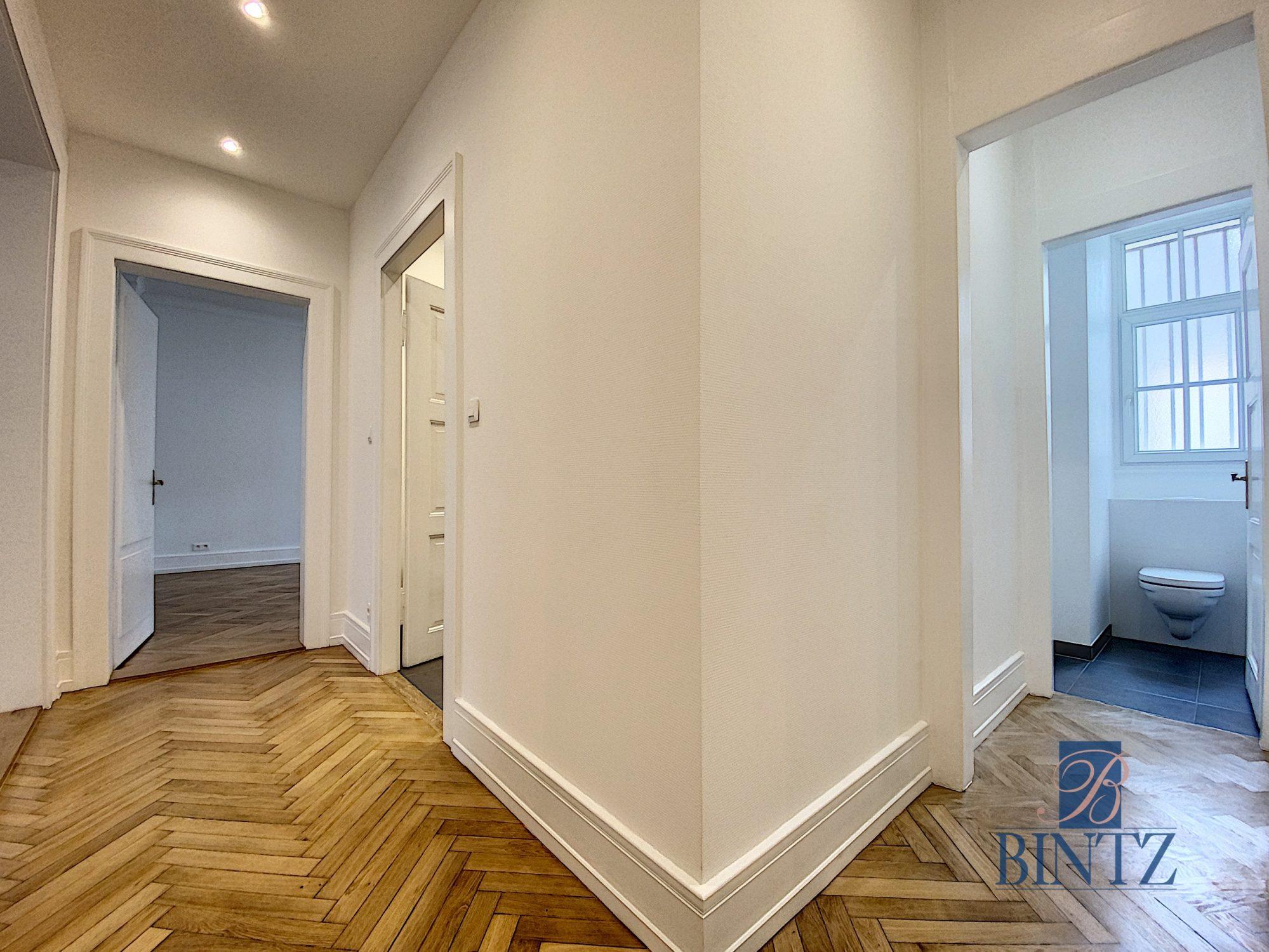 SUPERBE 4 PIECES ENTRE JARDIN BOTANIQUE ET ORANGERIE - Devenez locataire en toute sérénité - Bintz Immobilier - 12