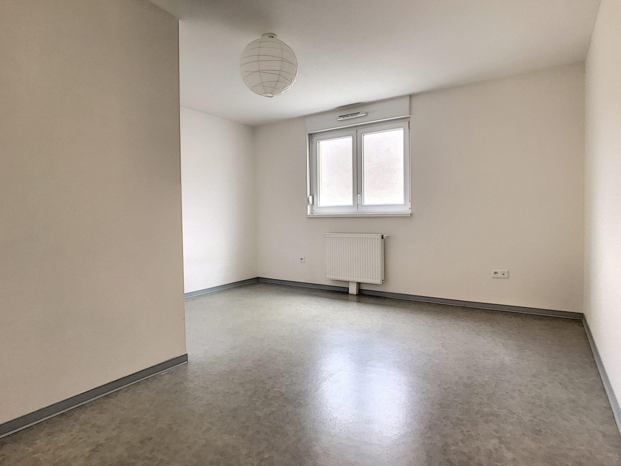 3 Pièces SCHILTIGHEIM + Terrasse - Devenez locataire en toute sérénité - Bintz Immobilier - 6