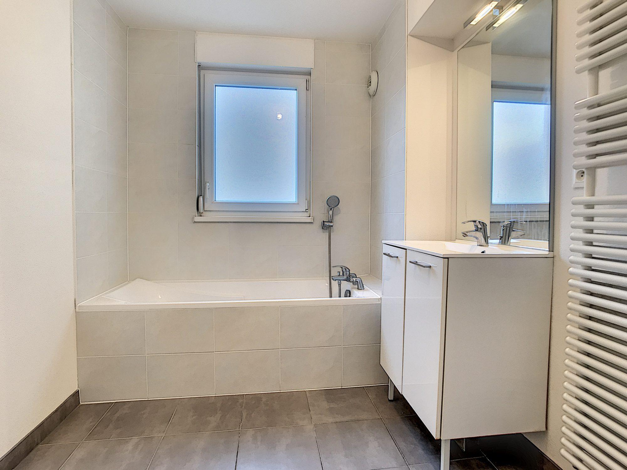 3 Pièces SCHILTIGHEIM + Terrasse - Devenez locataire en toute sérénité - Bintz Immobilier - 8