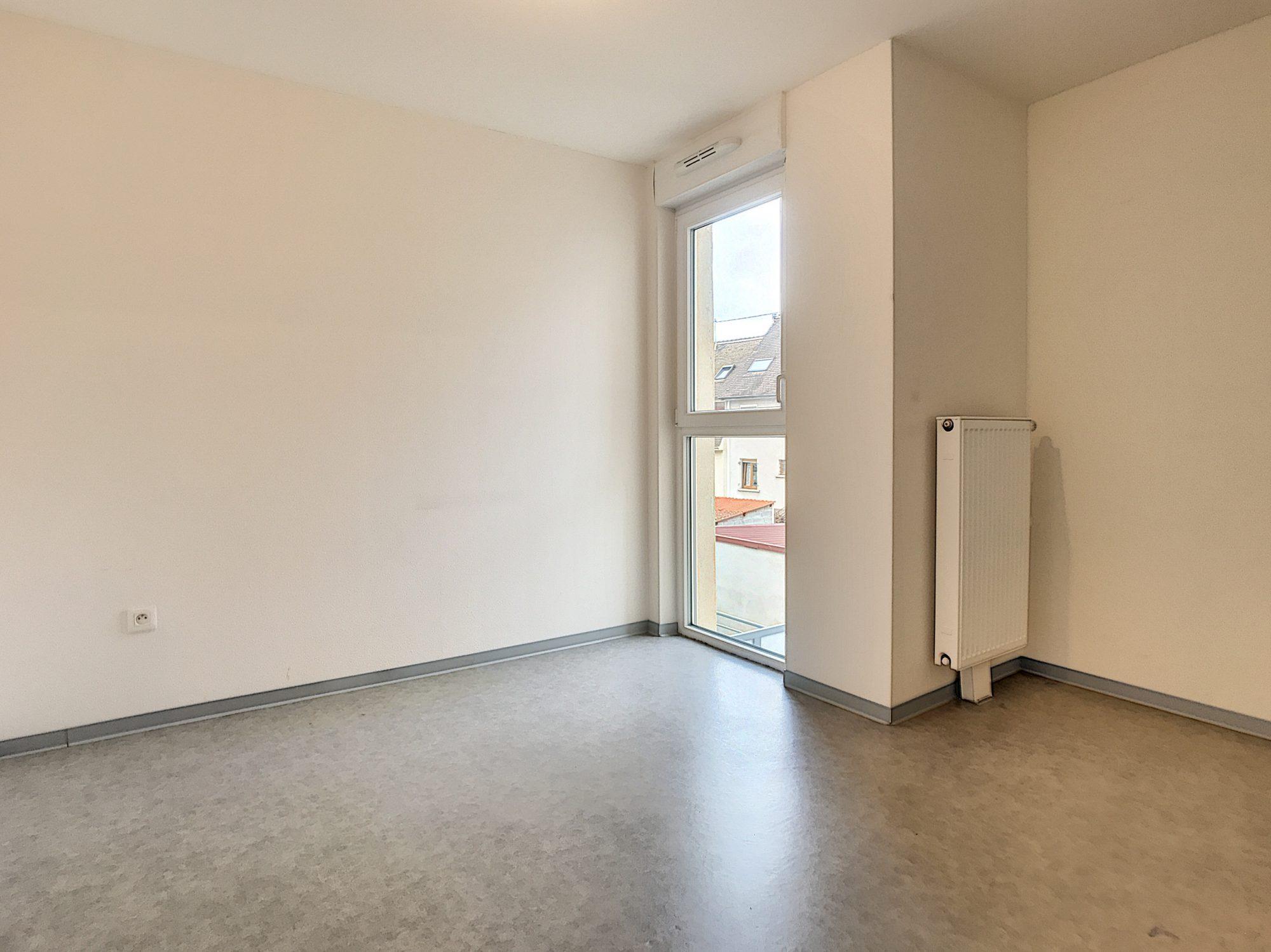 3 Pièces SCHILTIGHEIM + Terrasse - Devenez locataire en toute sérénité - Bintz Immobilier - 7