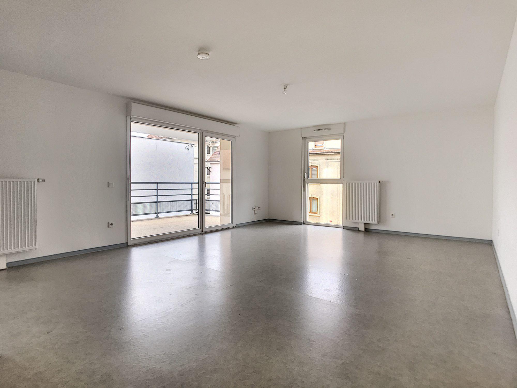 3 Pièces SCHILTIGHEIM + Terrasse - Devenez locataire en toute sérénité - Bintz Immobilier - 4