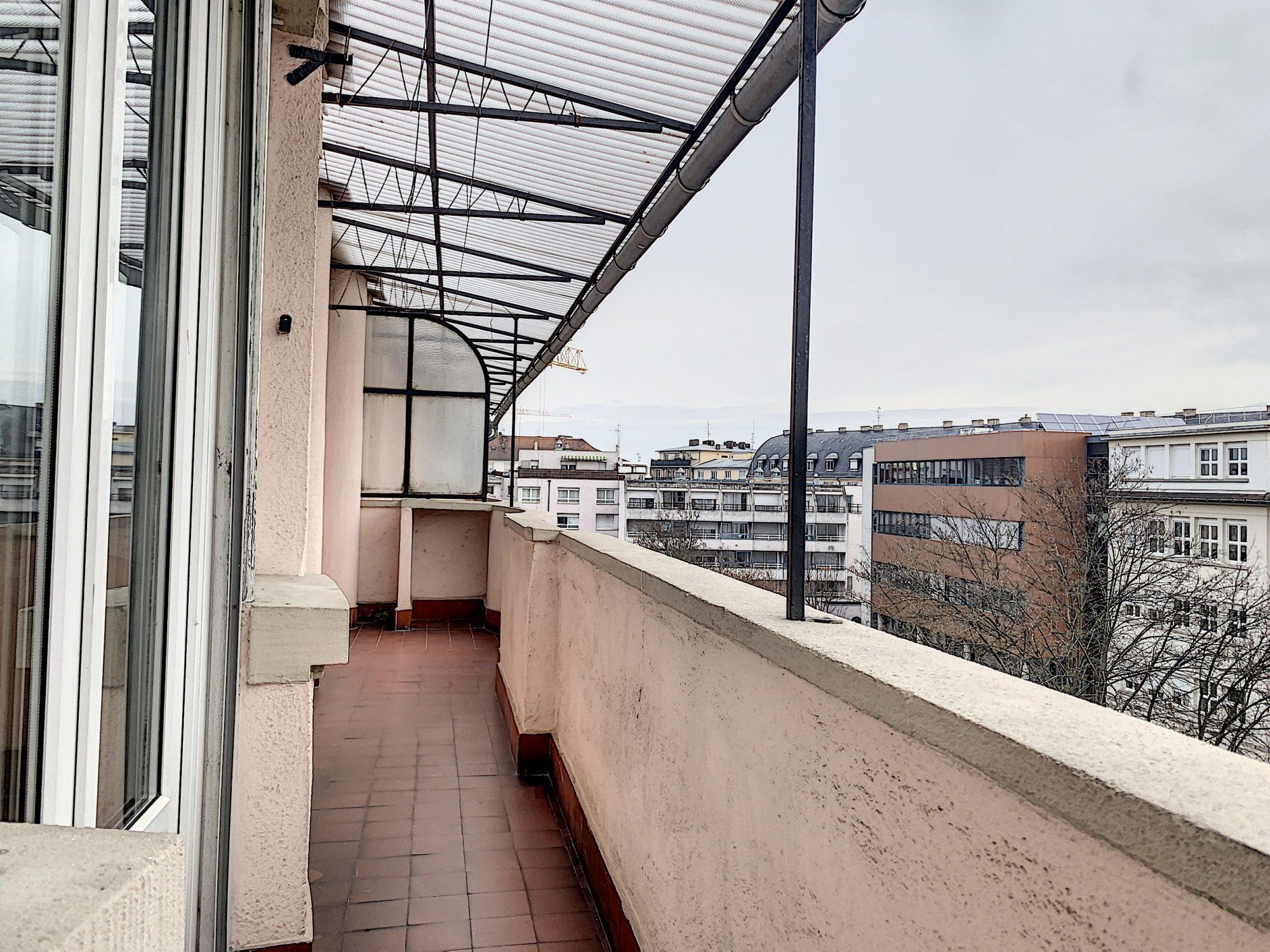 T1 KRUTENAU AVEC BALCON - Devenez locataire en toute sérénité - Bintz Immobilier - 3