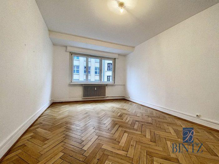 BEAU T1 KRUTENAU AVEC BALCON - Devenez locataire en toute sérénité - Bintz Immobilier