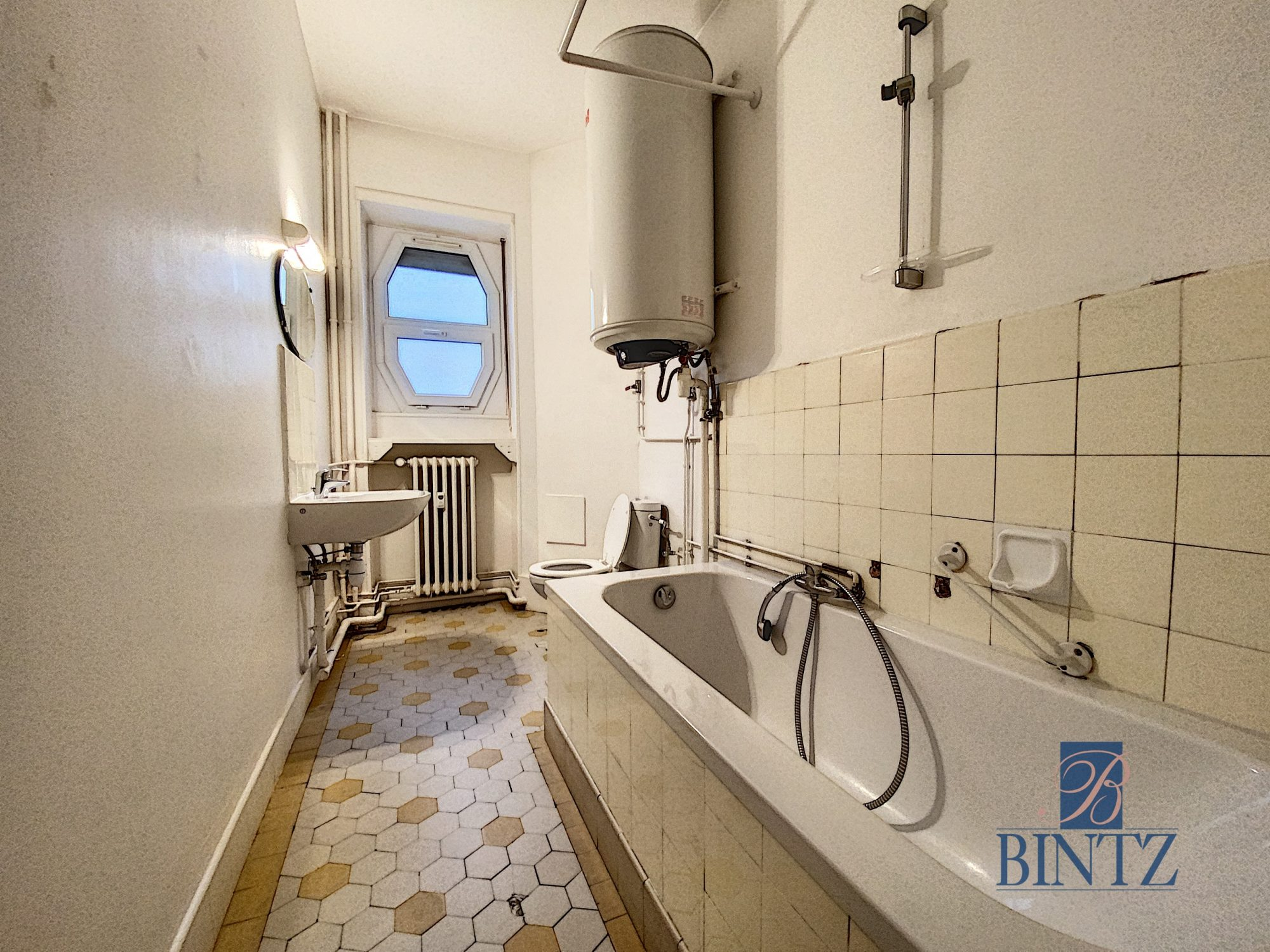 BEAU T1 KRUTENAU AVEC BALCON - Devenez locataire en toute sérénité - Bintz Immobilier - 4
