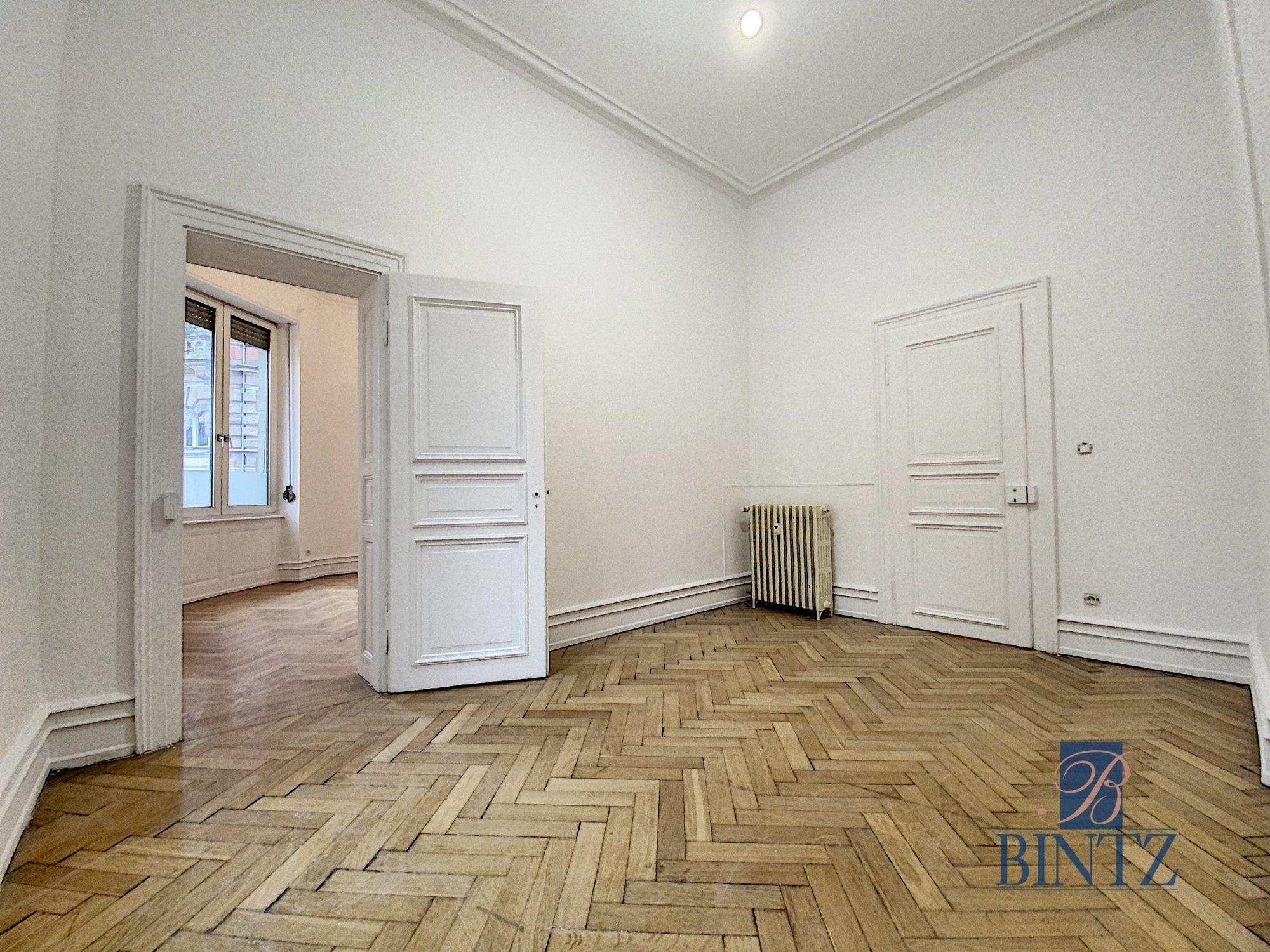 5 pièces rue Wimpheling - Devenez locataire en toute sérénité - Bintz Immobilier - 17