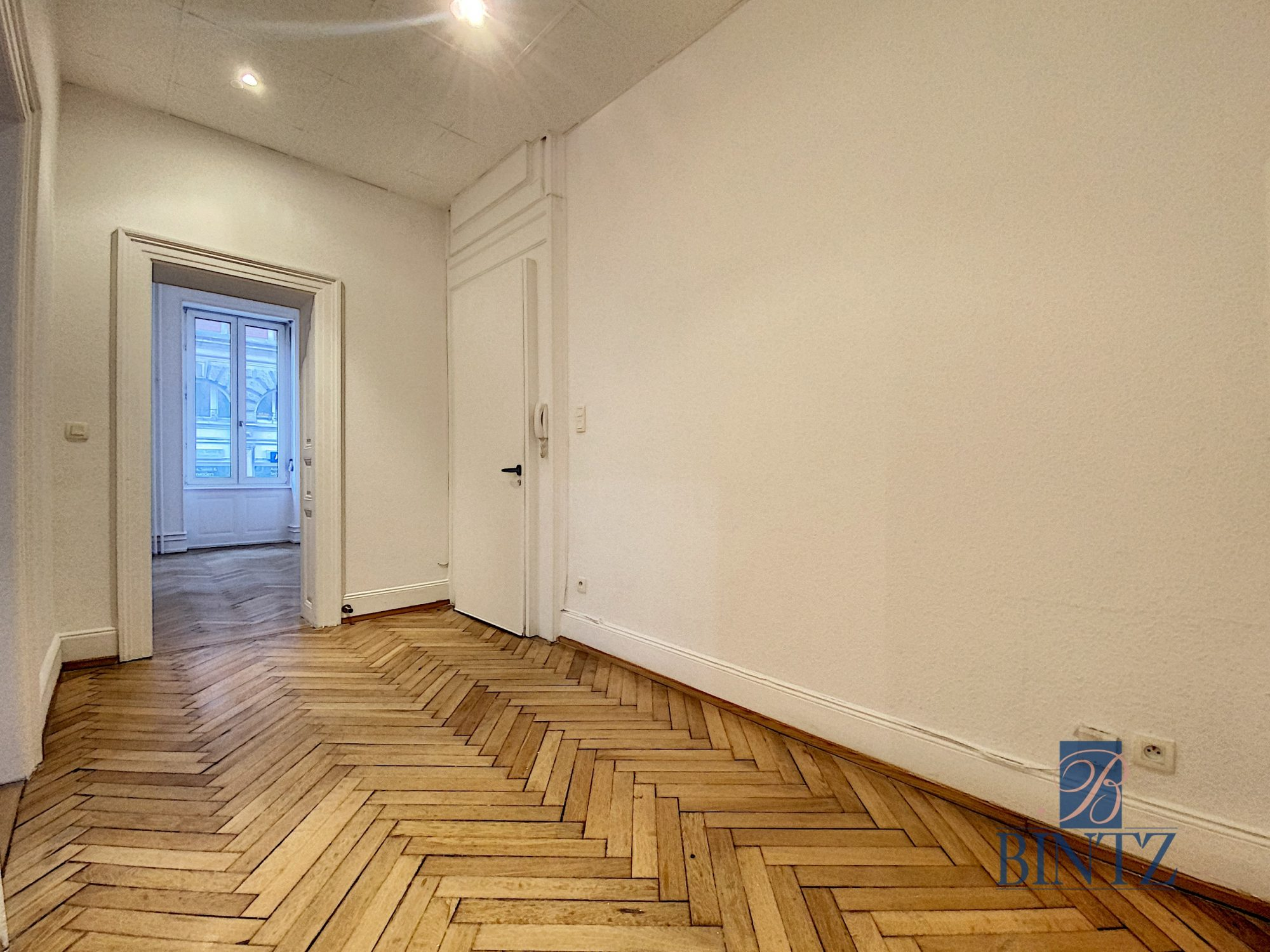 5 pièces rue Wimpheling - Devenez locataire en toute sérénité - Bintz Immobilier - 8