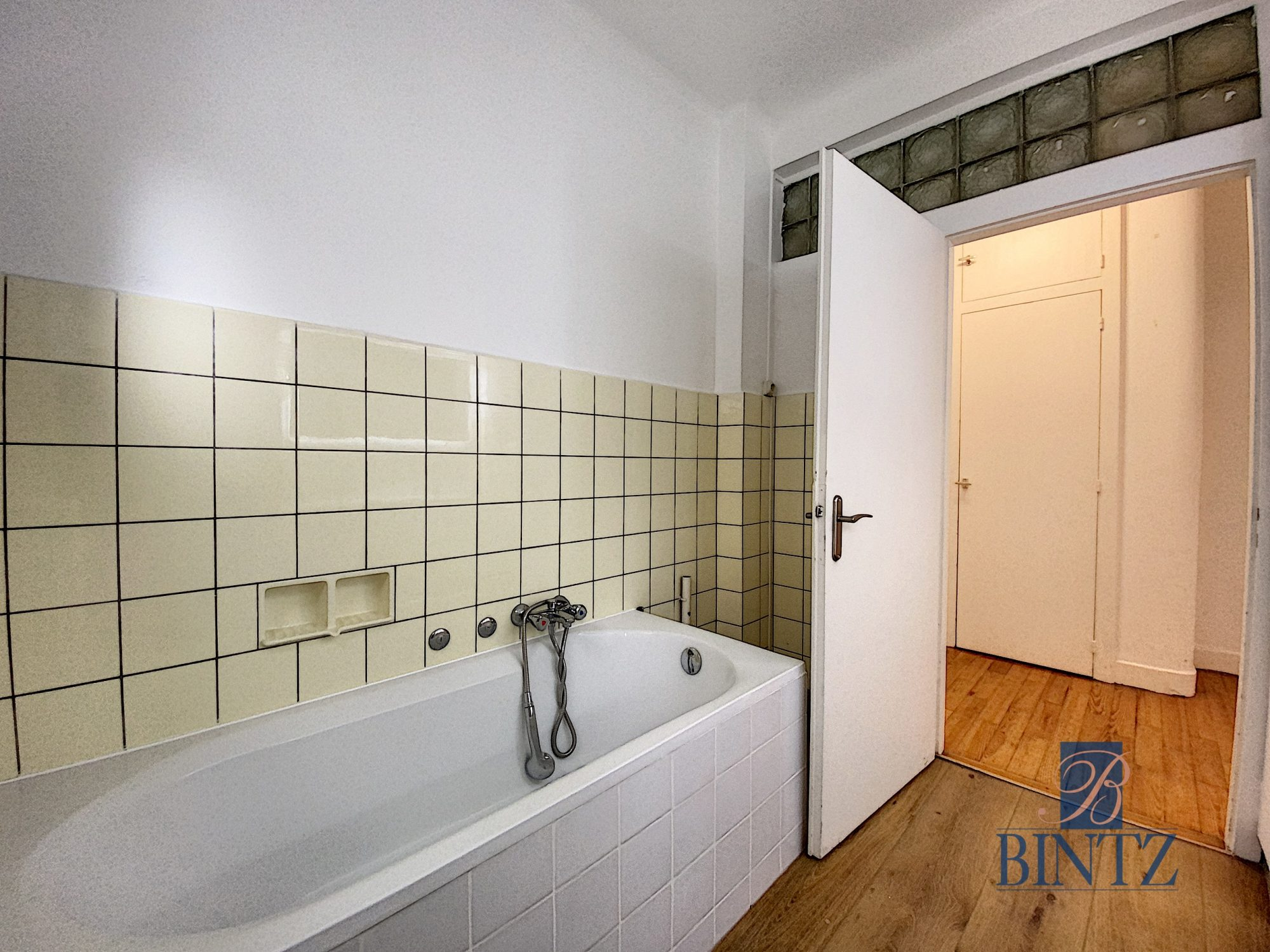3P avec terrasse orangerie - Devenez locataire en toute sérénité - Bintz Immobilier - 17