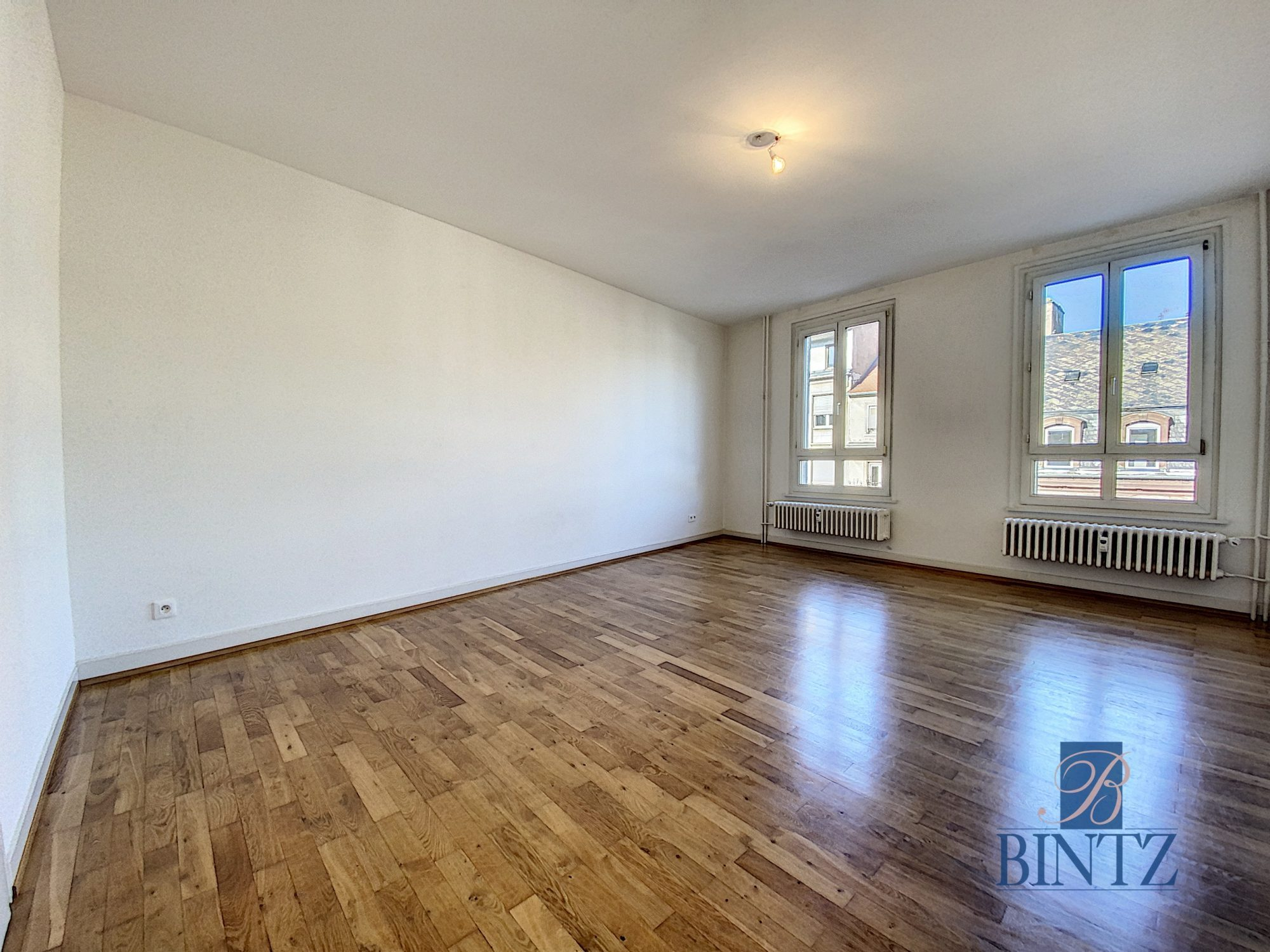 Grand 3 pièces HYPERCENTRE - Devenez locataire en toute sérénité - Bintz Immobilier - 5